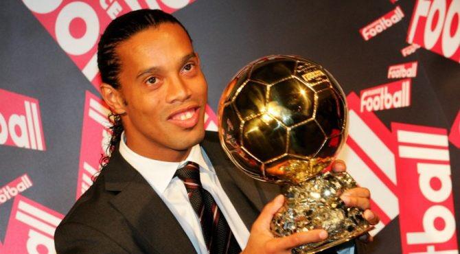 Brésil : Ronaldinho testé positif au Covid-19