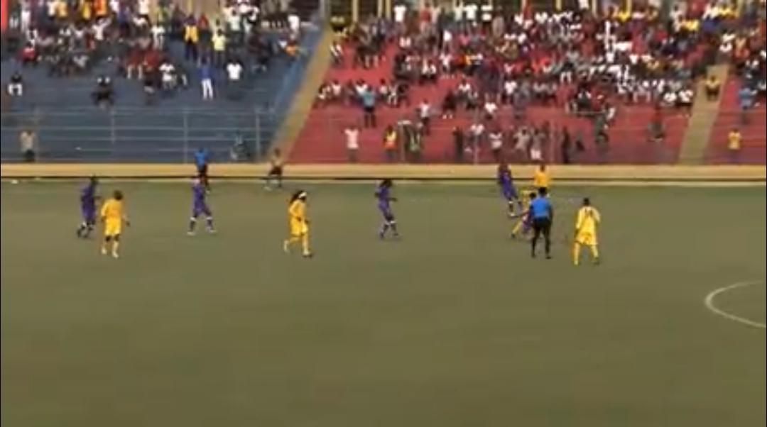 Championnat national D1 : Match nul entre Violette et Racing Football Club lors d'un premier derby