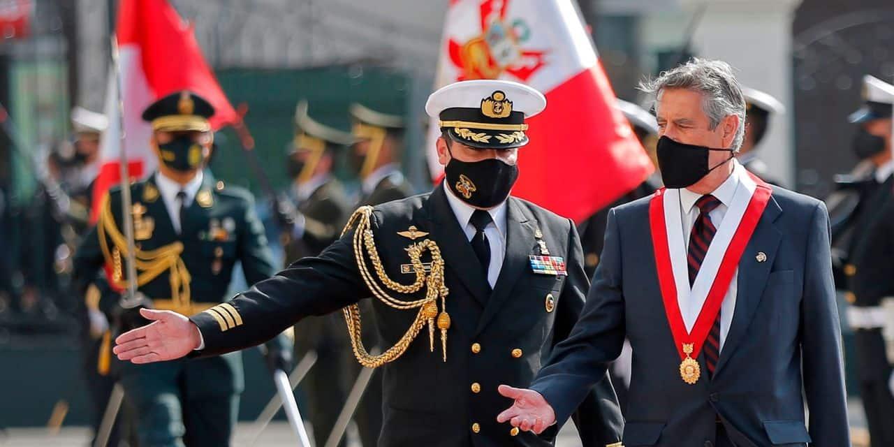 Le Pérou nomme son troisième président en 8 jours