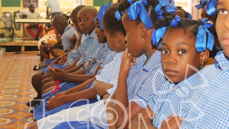 Premier jour d'école pour les élèves à Jérémie